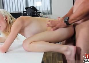 Horny beauty hardcore anal