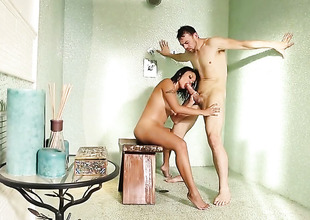 Erik Everhard stretches amazingly hot Kaylani Leis fuck hole with his rock solid schlong to the limit