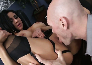 Audrey Bitoni with gigantic love melons enjoys Johnny Sinss meat pole in her mouth in insane oral action