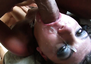 Flirty slut Eric John gets down on her knees to take Will Powerss pole unfathomable down her throat