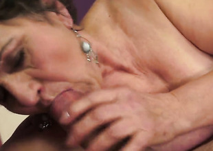 Brunette Kata knows no limitations when it comes to fucking