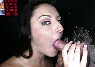 Nikki Lavay shows her love for cream in barmy cumshot action