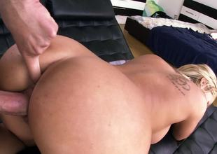 Eating out Olivia Austin and fucking her soaking wet pink cum-hole