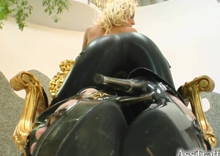 Gorgeous blond with a nice wazoo enjoying a hardcore anal fuck