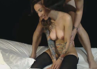 Beautiful Honey Rides Mans Face with Bare Pussy