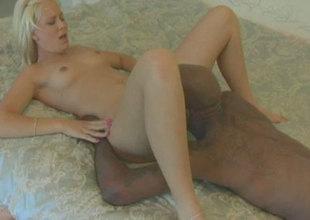Dark skinned dude fucks Elizabeth Del Mar in kinky interracial porn clip