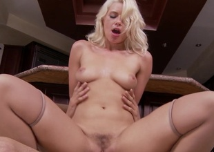 Anikka Allbrite knows how to have her fellow to do what she likes