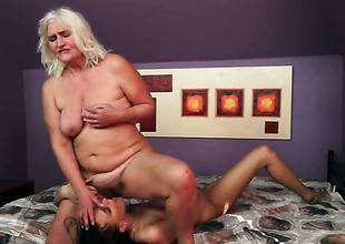 Blonde with big knockers spends her raunchy energy with lesbo Lyen Parker