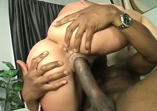 Ravishing hawt stuff Delilah oils her butt and gets fucked by gangsta