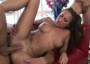 Raylene and Lizz Tayler get nailed in FFM threesome