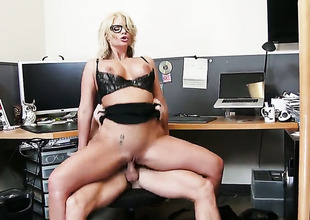 Phoenix Marie with big wazoo and trimmed twat does her most excellent to make horny guy Johnny Sins explode