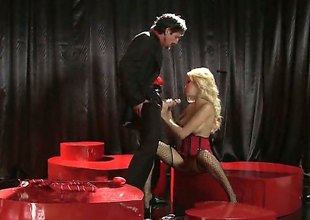 Hot beauteous gets on stage to engulf her partners cock. Breanne Benson is a very sexy women with the body just made for stage performance. See her in action.