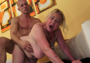Bulky and unattractive granny Sila gets drilled wits a bald dude