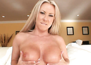 Carolyn Reese shows her oral talents