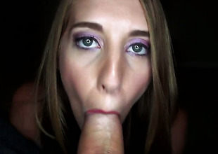Cadence Lux with round headquarter cant wait to be poked by her hot sex partner