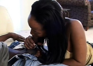 Black beauty Peaches wants to get fucked like the messy dog this babe is