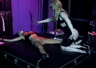 Dominant Nina Hartley makes Venus moan during the time that fucking her with toys