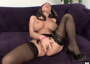 Big breasted Victoria Valentino can't await to take this huge dick