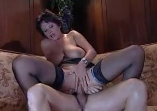 Amateur Mature Wild RIDE On Penis - LostFucker